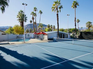 Top Vacation Rental Near Coachella Festival w/ Transport to & from the Festival