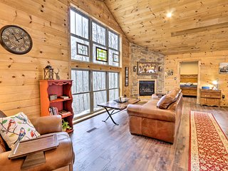NEW! Brand-New Cabin, 8 Mi to Mohican State Park!