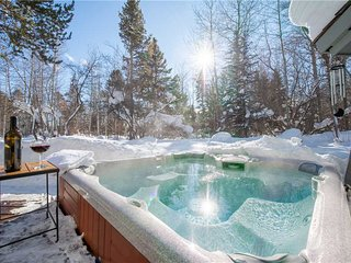 Leonard House  Great Aspens Home with Private Hot Tub
