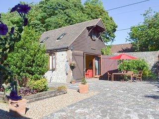 Darwin Cottage - E4509