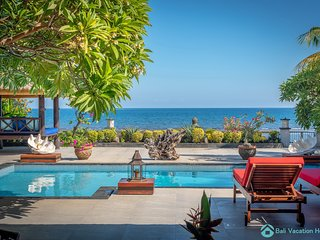 Villa Kamboja ~ Intimate Luxury Beach Villa 3BR
