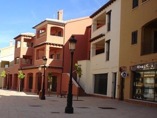 2 Bedroom, 2 Bathroom Apartment in the Spanish Village Hacienda del Alamo, holiday rental in Fuente Alamo