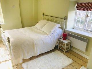 Beautiful & Captivating 1-Bed Cottage near Bruton