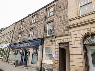 SIMONSIDE APARTMENT, gas fire, Jacuzzi bath, in Rothbury