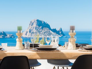 ET-0747-E Villa Vedra, wide view over Es Vedra and Cala Vadella