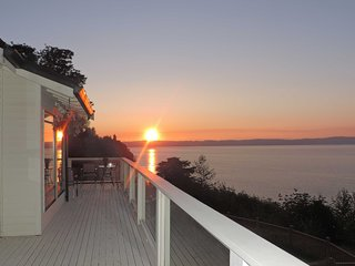 Beautiful Puget Sound Home w/Deck & Serene Views!