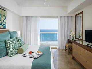 Mayan Palace 2 BDRM Suite at Vidanta Acapulco