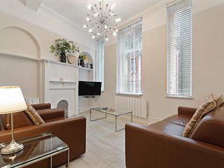 2 Bed Duplex in Heart Of Marylebone / Bond St