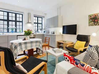 Delightful 1-Bed Apt, Sleeps 4, in Whitechapel