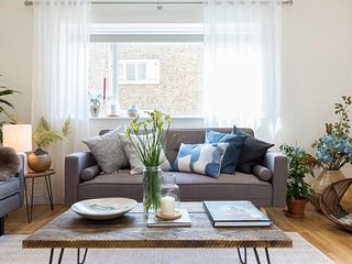Chic 3 Bed House in the Heart of South Kensington