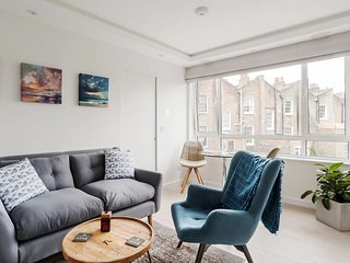 Contemporary 1 Bed Flat near Swiss Cottage