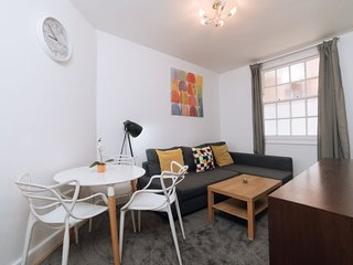 Central London 1BDR Apt Sleeps 4, in King's Cross