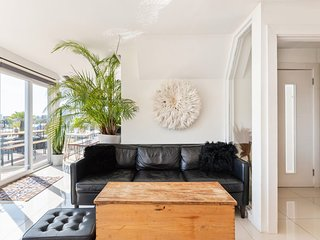 Trendy East London 3-Bed Penthouse w/Terraces
