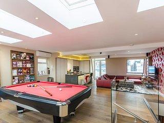 Luxury 3-bed 2 Bath Duplex in Heart of Notting Hill