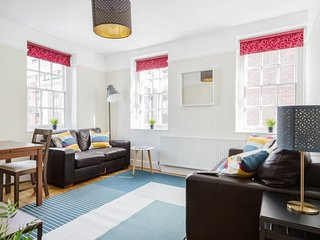 Bright 3 bed 7 mins to Westminster Abbey & tube