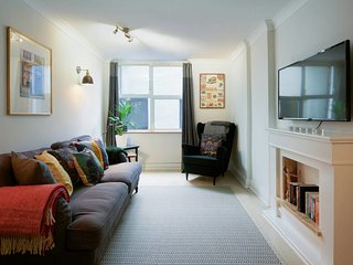 Stylish 2 bedroom duplex w/garden near Maida Vale