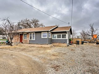 NEW! Charming Abode w/Patio ~3Mi to Grand Junction
