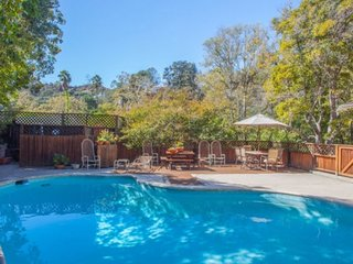 3 Bedroom 2 Bath private home in Bel Air with pool (no parties allowed)