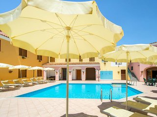 Sos Alinos Apartment Sleeps 2 with Pool Air Con and WiFi - 5828392
