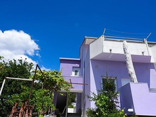 One bedroom apartment Marina (Trogir) (A-17013-b)