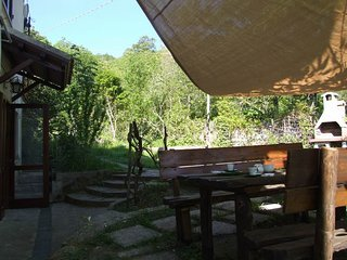 Apartment in a quiet location,on the hills peonia