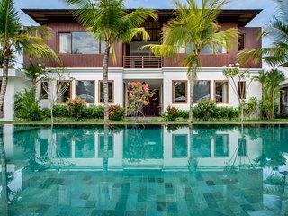 Rent a Luxury Villa in Bali Close to the Beach, Bali Villa 2034