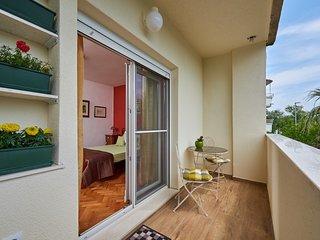 4* Studio Giuseppe, balcony town & sea view Trogir