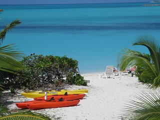 5 FREE Kayaks for Sandy Palms guests