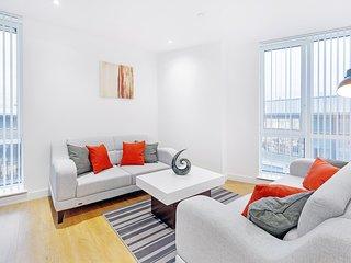 Bracknell town centre 2 bedroom apartment