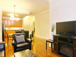 Corporate Rental 2BR + Den Signature Suite, Mississauga - 2802