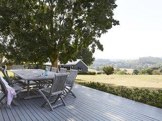Byron Bay Luxury Holidays - Bhadra Farmhouse
