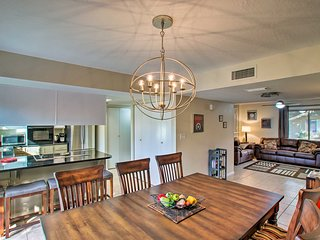 NEW! Tranquil Tempe Townhome w/Pool - 5 Mi to ASU!