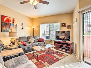 NEW! Condo w/Resort Amenities: 3 Mi to PHX Stadium