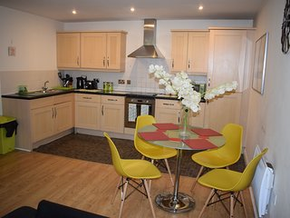 ASHLEY COURT - Watford Town centre apartment