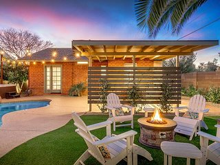 Chic Coronado Casita w/ Shared Pool, Hot Tub, Grill & Firepit - Near Downtown