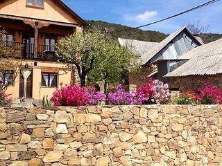 Spacious house in Tedejo & Wifi