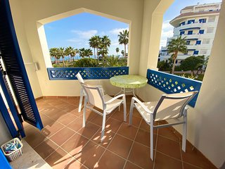 Beachfront apartment in San Luis de Sabinillas