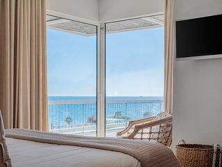 Sea View Beach Penthouse - Athens Coast