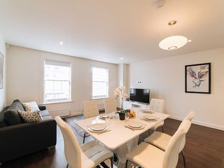 2150. LOVELY 3BR 2BA FLAT IN THE HEART OF SOUTH KENSINGTON