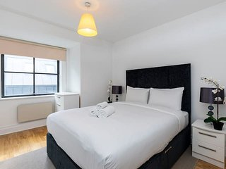 2144. IN THE HEART OF LONDON BY HOLBORN- CHANCERY LANE-ST PAUL'S AREA-LOVELY 1BR