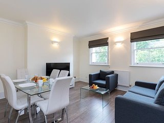 2169. IN THE HEART OF LONDON  - OXFORD STREET - COVENT GARDEN LOVELY 1BR FLAT