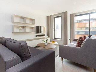 2109. LOVELY 2BR FLAT IN THE HEART OF HOLBORN DISTRICT