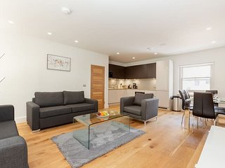 Beautiful 2BR in the Heart of Fitzrovia – Soho