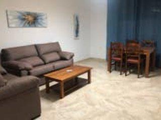 A.T. Arquimedes 2-2, en el centro de Melilla, holiday rental in Melilla