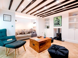 Luxury Victorian 3Bed Home in Central London - TRW1