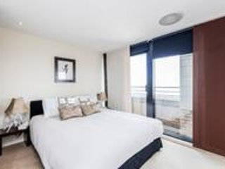 Stunning Penthouse in Royal Kensington and Chelsea, Ferienwohnung in Willesden
