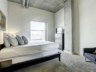 Attractive Stay Alfred Loft at The Ballpark