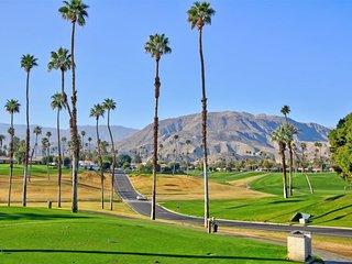 LEO1 - Rancho Las Palmas Country Club - 3 BDRM, 3.5 BA