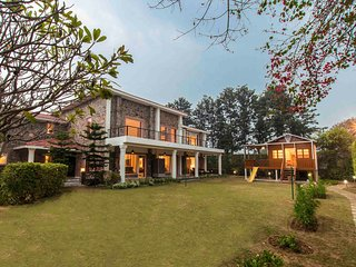 The Banyan Abode by Vista Rooms