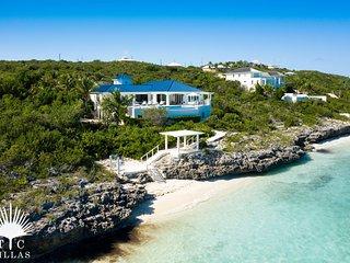 TC Villas // Villa MaryJane // Pocket beach, snorkeling & more